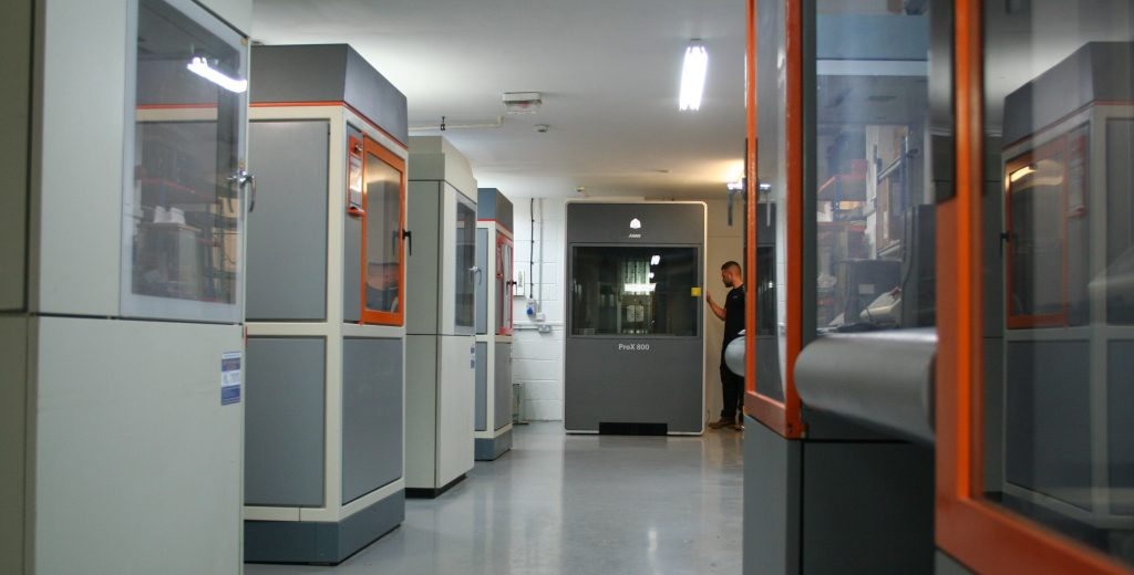 ARRK-GTC-Prototyping-Centre-Official-SLA-Room-with-ProX800-machine